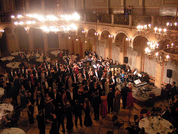 "Premiere for the ""High Finance Ball"" in Palais Ferstel"